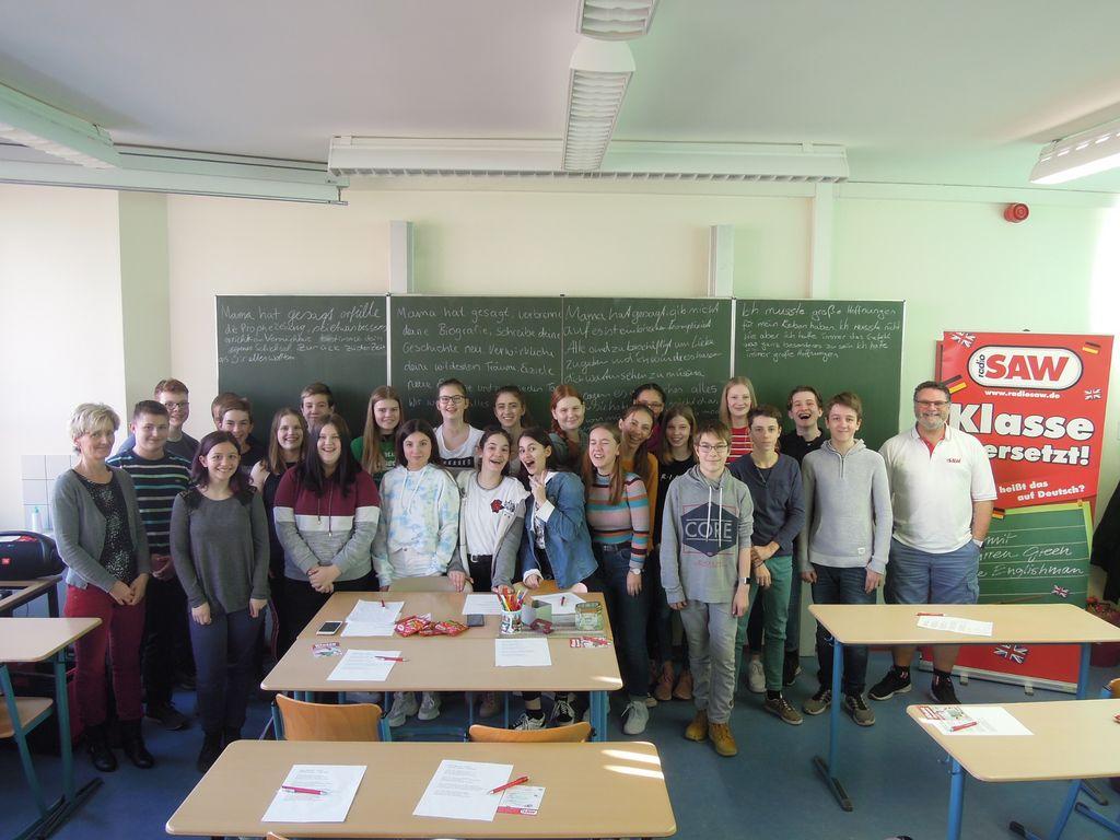 Klasse übersetzt In Halle Radio Saw