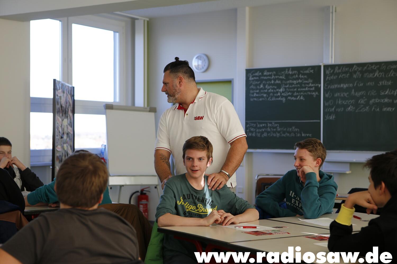 Foto Klasse übersetzt - radio SAW