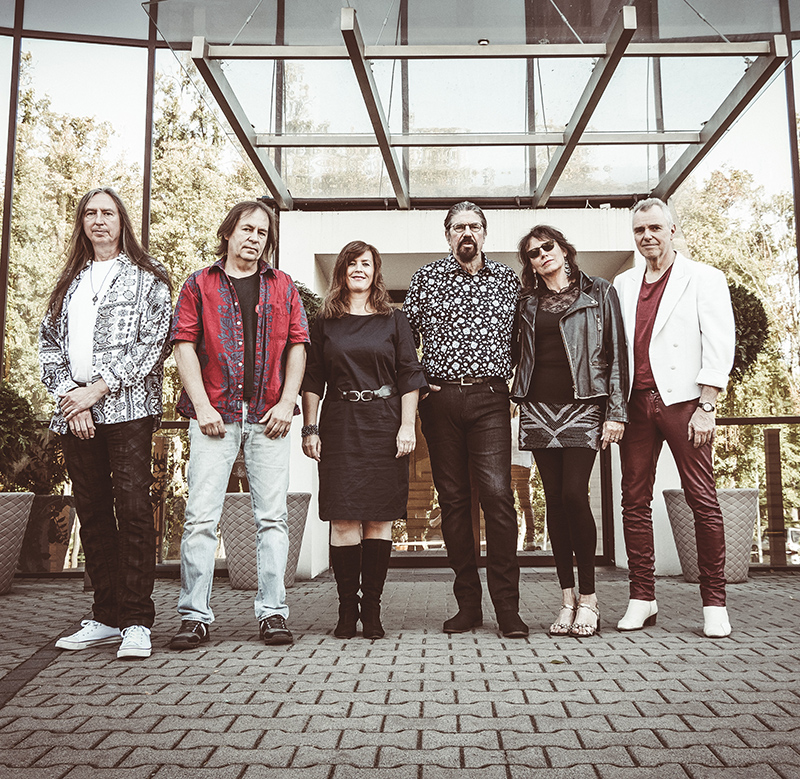 Phil Bates und Band - the music of ELO