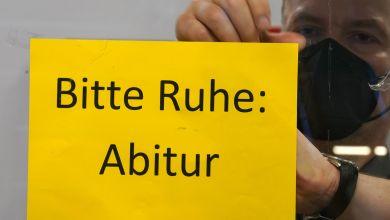 Schild mit der Aufschrift «Bitte Ruhe: Abitur»