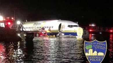 Boeing rutscht in Fluss