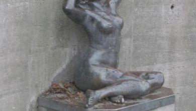 """Skulptur """"Erwachen"""" in Aschersleben"""
