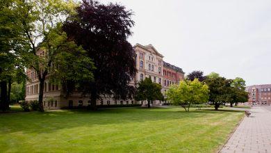 Köthen: Gebäude der Hochschule Anhalt, rotes Gebäude