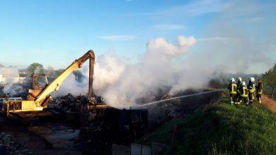 Schrotthandel in Gröningen in Flammen