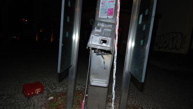 Gesprengte Telefonzelle in Magdeburg