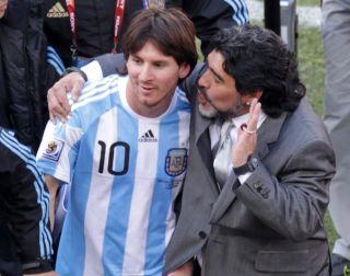Diego Maradona und Lionel Messi