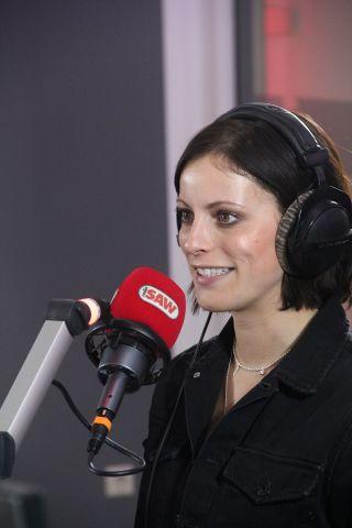 Stefanie Kloß im radio SAW Funkhaus