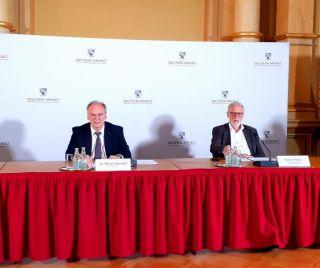 Pressekonferenz im Staatskabinett