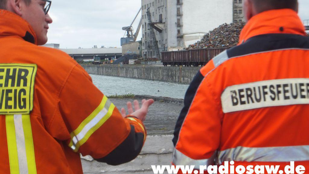 """Quelle: Feuerwehr Braunschweig<br /><strong class=""""verstecktivw"""">Fotoserie</strong>"""