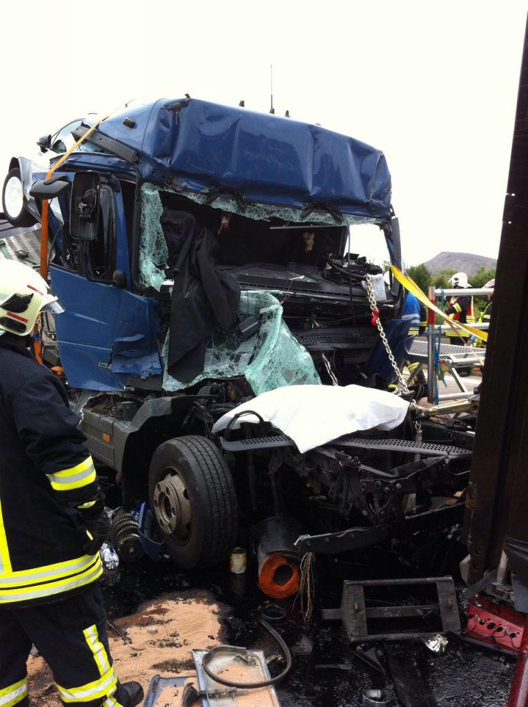 Fotos Lkw Unfall Auf A38 Radio Saw