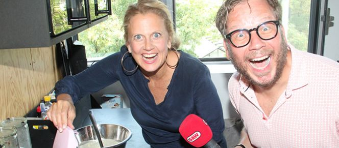 Barbara Schöneberger, Holger Tapper