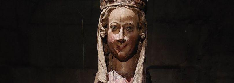 Mittelalterliche Marienfigur