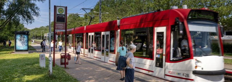 Straßenbahn-Haltestelle Färberwaidweg