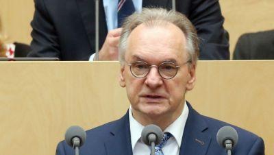 Rainer Haseloff hält Rede