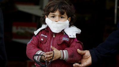 Mundschutzmaske als Präventivmaßnahme gegen das neuartige Coronavirus