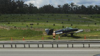 Notlandung auf Highway