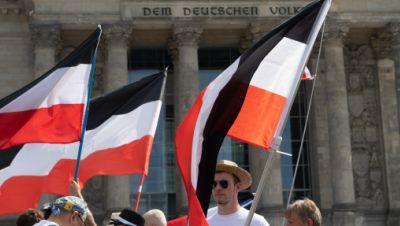 Reichsfahnen