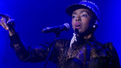 Lauryn Hill, Sängerin aus den USA, tritt auf der Hauptbühne während der 36. Ausgabe des Gurten Music Open Air Festivals auf.