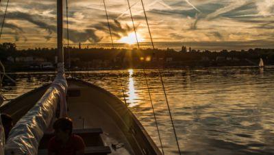 Geiseltalsee Sonnenuntergang vom Boot aus