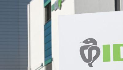Werk des Impfstoffherstellers IDT Biologika in Dessau-Roßlau