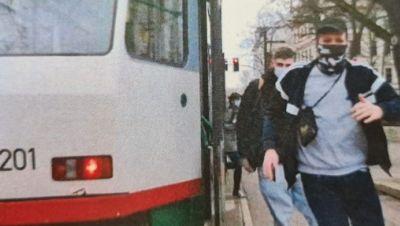 Fahndung Straßenbahnsurfer