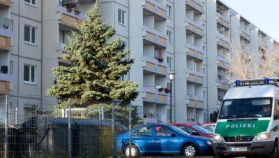 Symbolbild: Polizei sperrt in Halle Straßen wegen Bombenfund im November 2020
