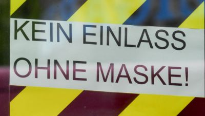 Corona, Maske