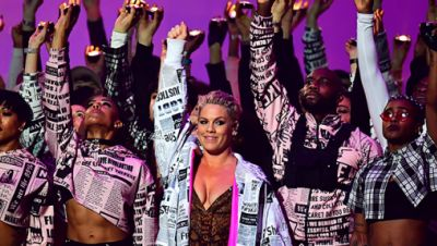Pink bei den Brit Awards